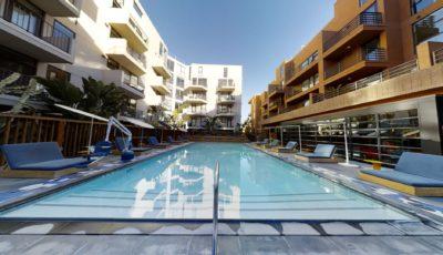 El Centro Apartments & Bungalows – Pool & Spa 3D Model